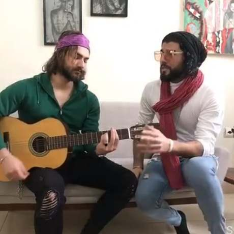 دانلود آهنگ زیگ زاگ دنیا